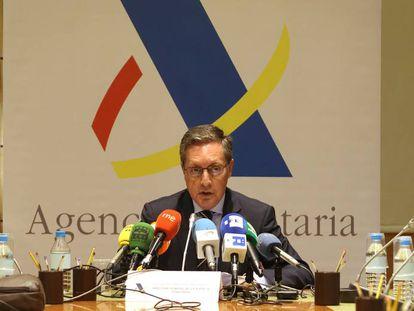 El director de la Agencia Tributaria, Santiago Menéndez, durante su comparecencia.