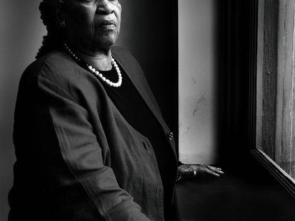 La escritora premio Nobel Toni Morrison.