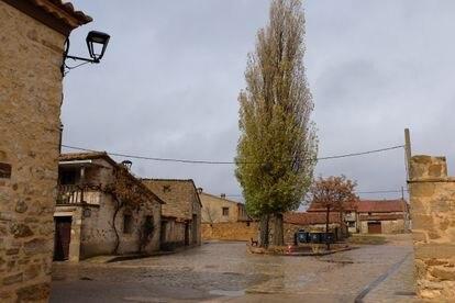 La plaza Isaac Rodríguez de Jabaloyas (Teruel), el pasado noviembre.
