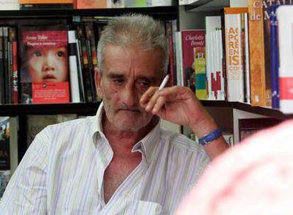 Leopoldo María Panero, en la Feria del Libro de Madrid.