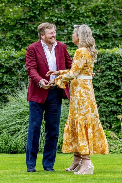 Los reyes de Guillermo y Maxima de Holanda en el Palacio Huis ten Bosch en La Haya en julio de 2021.