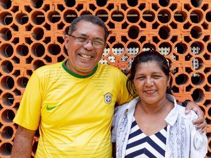 En foto, el diácono permanente Afonso Brito, y su esposa, Socorro Oliveira, en Manaos. En vídeo, reportaje sobre el encuentro preparatorio del sínodo de la Amazonia.