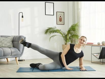 Las pesas lastradas se pueden sumar cómodamente al material para ejercitarse en casa. Decathlon