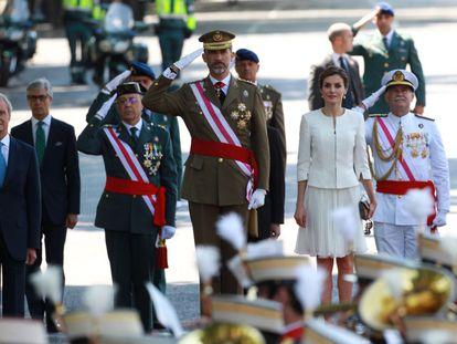 Los Reyes, durante su primer Día de las Fuerzas Armadas.