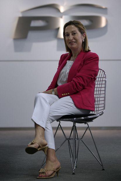 Ana Pastor fue ministra de Sanidad y Consumo de 2002 a 2004.