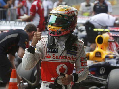 Lewis Hamilton celebra su 'pole position'.