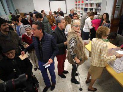 La cifra de afluencia de ciudadanos a las urnas registra el nivel más alto desde 2004