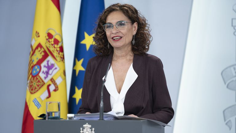 María Jesús Montero, en rueda de prensa en La  Moncloa, este martes.