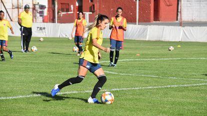 Daniela Montoya, de 28 años, fue la primera colombiana en anotar un gol en un Mundial, precisamente en Canadá 2015.