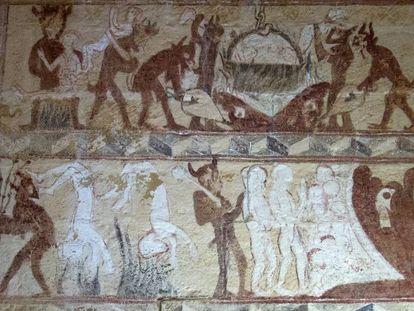 Pinturas del primer gótico que se conservan en el interior de la ermita románica de Santa Eulalia, en Barrio de Santa María, en Palencia.