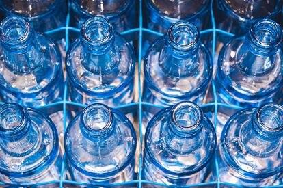 El proceso de renovación arrancó con una inversión de 2,5 millones de euros en envases de vidrio retornables para el canal de hostelería.