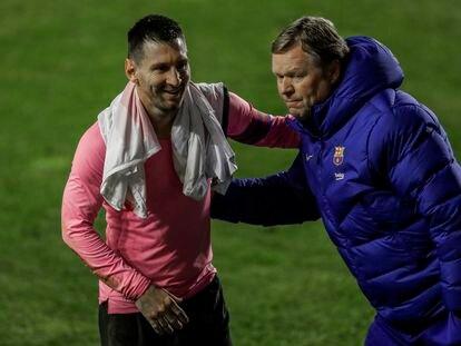 Koeman y Messi, a la conclusión de un partido de Copa.