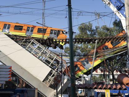 Imagen del vagón que se derrumbó en la línea 12 del metro de Ciudad de México.