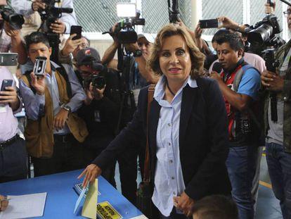 Sandra Torres, tras votar, este domingo.