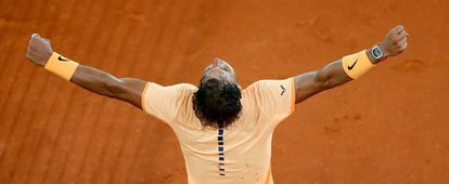 Nadal celebra su victoria ante Sousa.