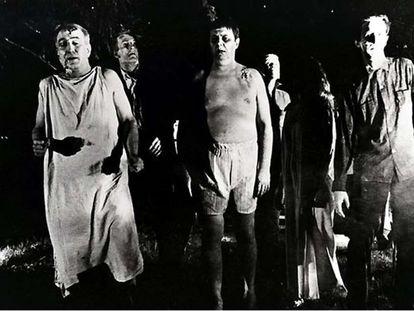 Fotograma de 'La noche de los muertos vivientes', de George A. Romero (1968).