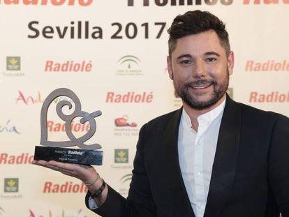 El cantante Miguel Poveda, durante los premios Radiolé 2017 en Sevilla.