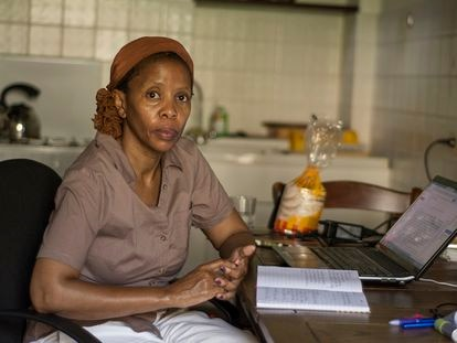 La escritora botsuanesa Wame Molefhe.