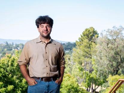 Karl Deisseroth, en el campus de la Universidad de Stanford (California) el pasado 13 de julio.