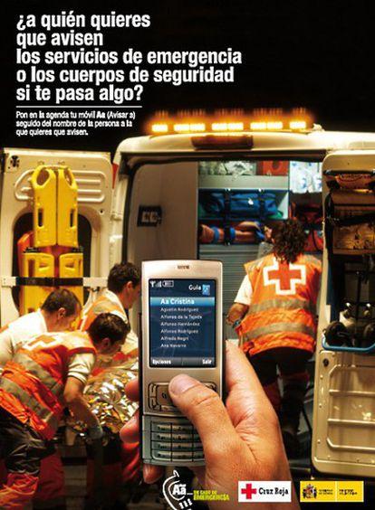 """El ministro del Interior, Alfredo Pérez Rubalcaba, aseguró hoy durante la presentación de la campaña que anima a  añadir en el móvil un número de contacto para avisar en caso de emergencia que """"es un tema sencillísimo que va a tener una trascendencia importantísima""""."""