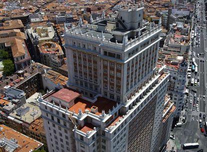 El rascacielos de la plaza de España, desde la vecina Torre de Madrid.