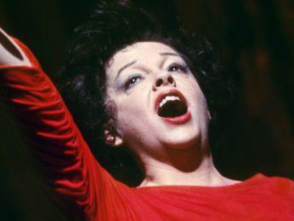 Con motivo de un  biopic  sobre la actriz y cantante, el pianista John Meyer relata cómo fue su relación con la estrella meses antes de su muerte, cuando él tenía 28 años y ella 46