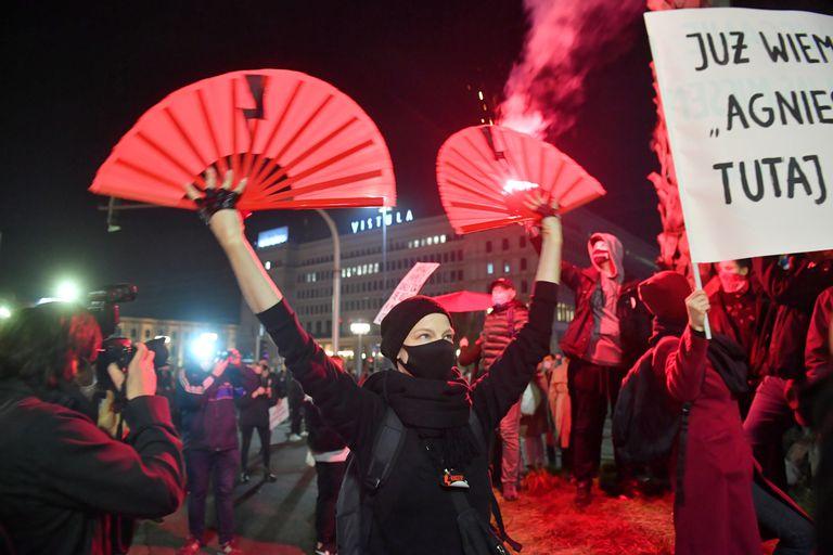 Movilización contra la reforma de la ley del aborto, el pasado miércoles en Varsovia.