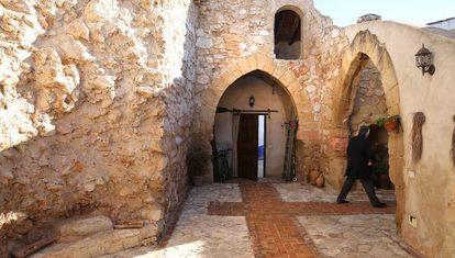 Imagen del pórtico de entrada a El Toboso.