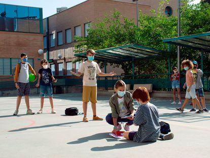 Según datos de la Asociación NACE, uno de cada cinco niños escolarizados sufre bullying en España y solo el 15% de las víctimas se atreven a contarlo a familiares o profesores.