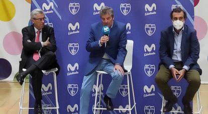 De izq. a dch. Miguel Ángel Bufalá, Fernando Galindo y José Asensio, en su comparecencia en Magariños