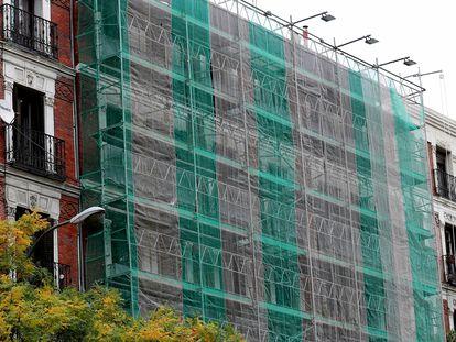 Rehabilitación de un edificio en el centro de Madrid, el pasado noviembre.