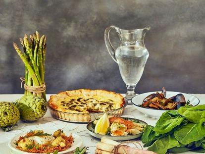 El bacalao, el salmón, los mejillones y la panceta son algunas de las proteínas con las que se pueden combinar de forma sencilla las verduras de primavera.