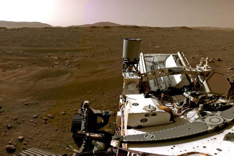 Las cámaras del 'Perseverance' muestran una parte del paisaje de Marte.