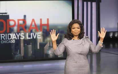 La presentadora estadounidense Oprah Winfrey, en su programa en noviembre de 2009.