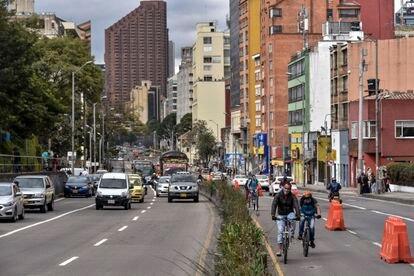 Uno de los carriles bici provisionales de Bogotá, el pasado 20 de mayo.