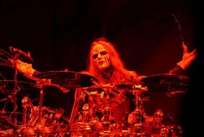 El baterista de Slipknot, Joey Jordison, en concierto en Columbus, Ohio, en mayo de 2009.