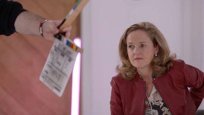 La vicepresidenta Nadia Calviño, durante un momento del rodaje de Retina Reset.