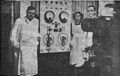 Retrato de Filek con sus colaboradores, publicado en 'El Día de Palencia' el 12 de marzo de 1940.