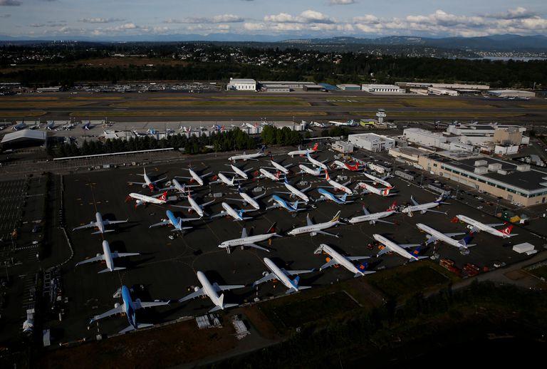Decenas de aviones del modelo Boeing 737 Max aparcados en Seattle, el 11 de junio.