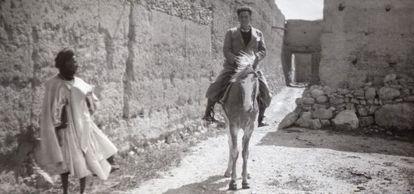 Manuel Chaves Nogales, en Ifni en 1934.