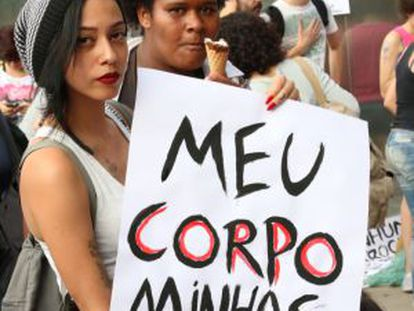Mujeres en una manifestación feminista en São Paulo.