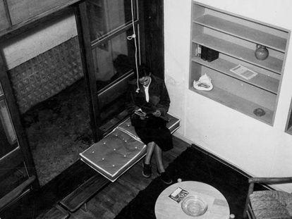 Interior de una de las unidades habitacionales de La Cité Radieuse (Marsella) Charlotte Perriand y Le Corbusier, en los años 40.