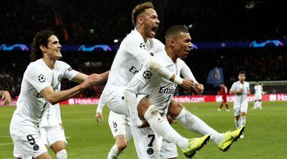 Neymar celebra junto a Mbappe el segundo gol del PSG