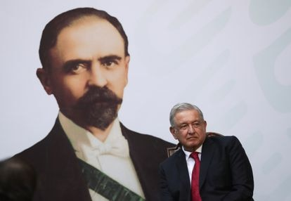 López Obrador, durante el aniversario pro la muerte de Francisco I. Madero.