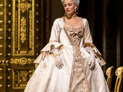 La soprano noruega Lise Davidsen, vestida como la Lisa de 'Dama de picas', ópera de Chaikovski, que se representó a finales de 2019 en la Metropolitan Opera de Nueva York.