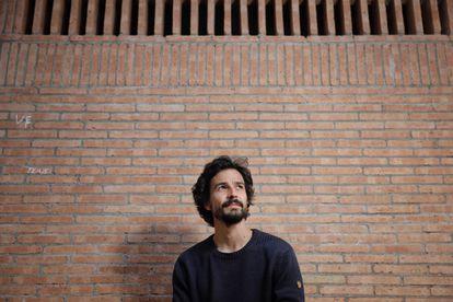 El científico y ensayista francés Pablo Servigne, autor de 'Colapsología', retratado este lunes en Barcelona.
