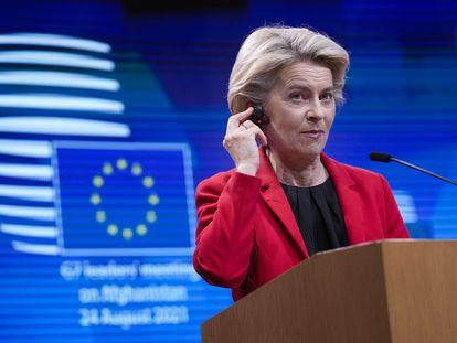 Ursula von der Leyen,  en la conferencia de prensa que siguió a la reunión virtual del G-7 este martes en Bruselas.