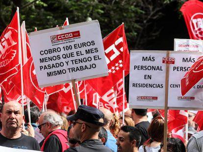 Manifestación por la subida de salarios.