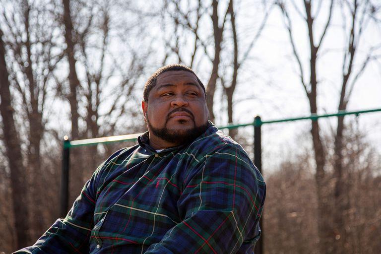 Robert Williams, de 42 años, en Michigan. Imagen compartida por la organización ACLU.