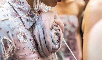Detalle de la colección de alta costura presentada el pasado enero en París.